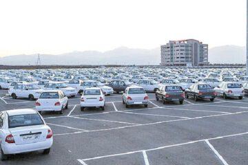 مسئولان و سران قوا با اجحاف آشکار خودروسازان به جان مردم برخورد کنند