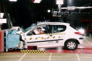 افزایش قیمت خودرو در روزهای افت دلار