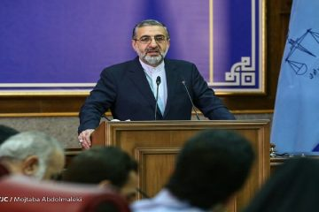 پرونده فایل صوتی ظریف در حال بررسی است/ مطالعه درباره واکسن خواری شهرداری ادامه دارد/ تبادل زندانیان ایران و آمریکا به قوه قضاییه منعکس نشده