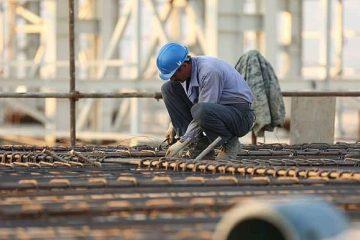 کارگران ساختمانی در انتظار اصلاح قانون بیمه